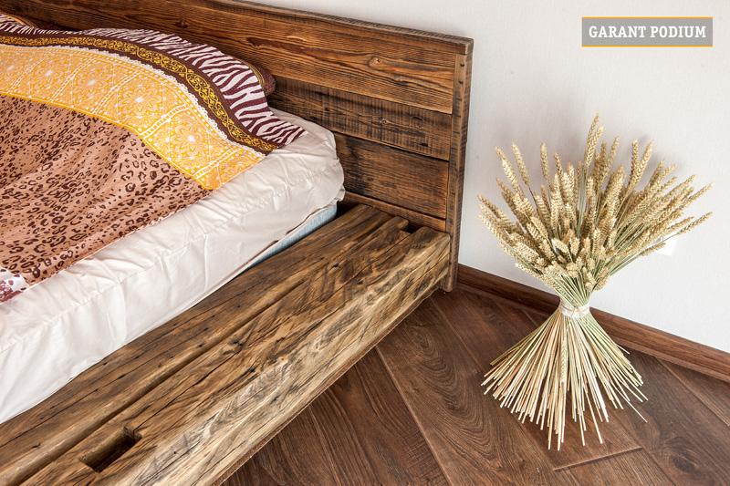 Подиумы кровати из старого дерева